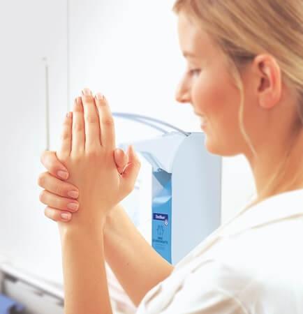 Richtig Hände desinfizieren mit Sterillium Desinfektions-Gel