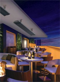 Dunkelstrahler auf der Terrasse